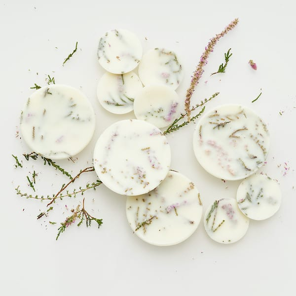heather scented candle disc