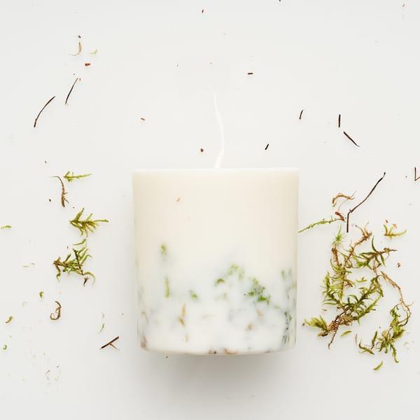 moss candle image
