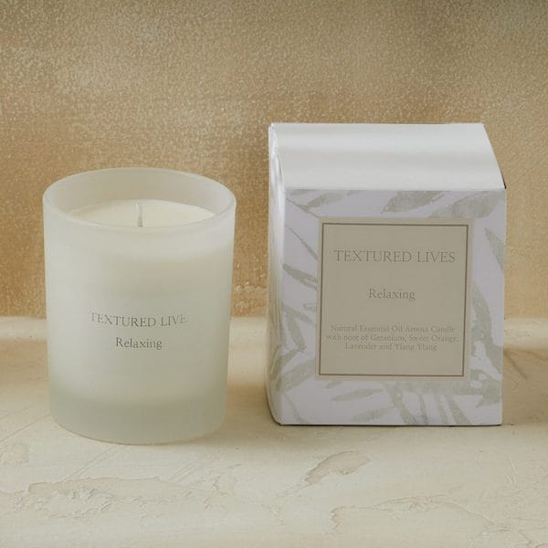relaxing essence candle image
