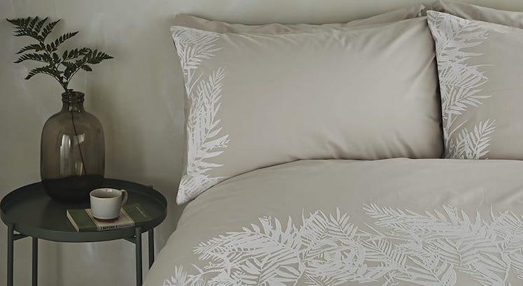 british interior textile designer mobile